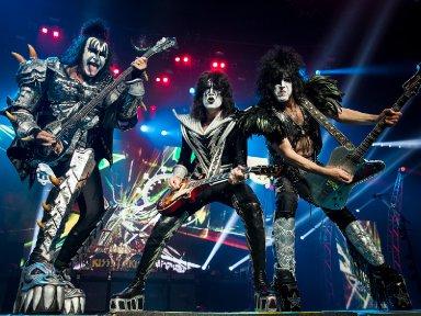 KISS CANCELS AUSTRALIAN TOUR