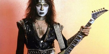 VINNIE VINCENT Offering Re-Release Of 2002 Instrumental Album For $250 Per CD