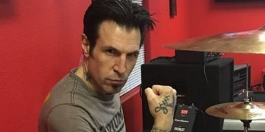 VARONE Slams CRÜE 'Fans' For Being Angry Over Reunion