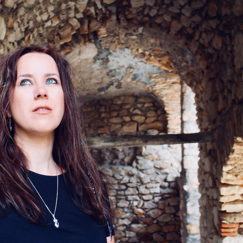 Eilera has released a new, dramatic-sounding single from her upcoming album