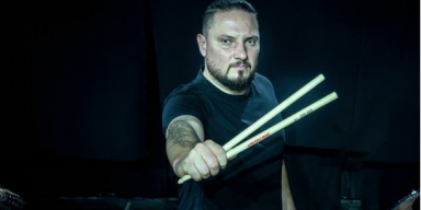 "DIMMU BORGIR Drummer DARAY Launches ""Daray Drum Academy"" + Offers Individual Lessons On 2020 European Tour With DIMMU BORGIR!"