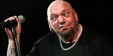 Paul Di'anno Recalls Crowd's Reaction When He Failed To Play IRON MAIDEN Songs