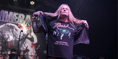 Sebastian Bach Covers Cemetery Gates At Dimebash!