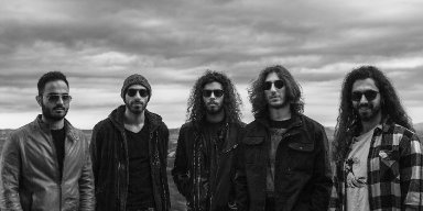 """STONUS: London-based Cypriot heavy/stoner rockers share new single """"Mania"""" off the upcoming debut; LP 'Aphasia' out next month via Electric Valley Records"""