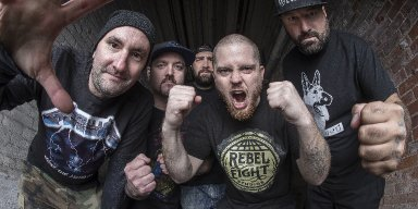 HATEBREED UNLEASH FIRST NEW SINGLE IN FOUR YEARS, 'WHEN THE BLADE DROPS'