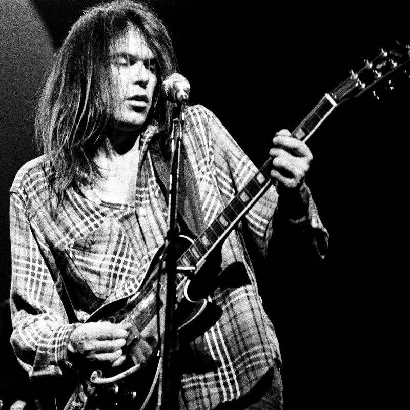 Neil Young Endorses Bernie Sanders. This will be his first time voting!