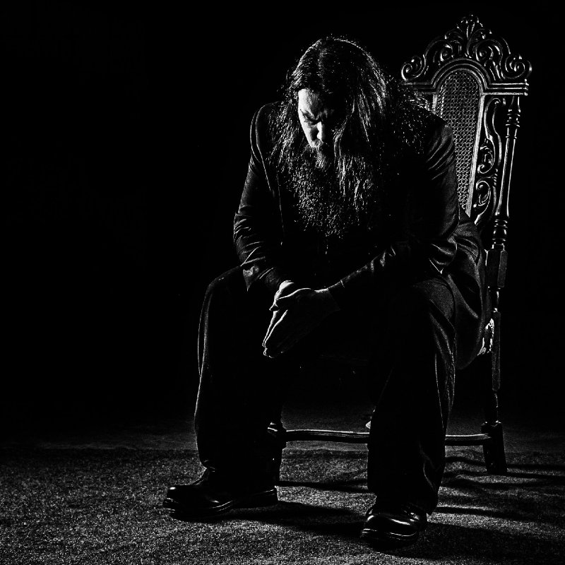 """THE RETICENT Releases Dark Somber Cover of Metallica's """"Fade To Black"""""""