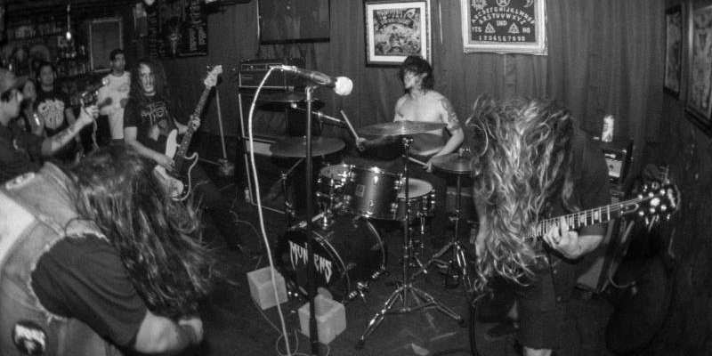 THE MUNSENS: Denver Doom Trio On Plague Of Shit 2017