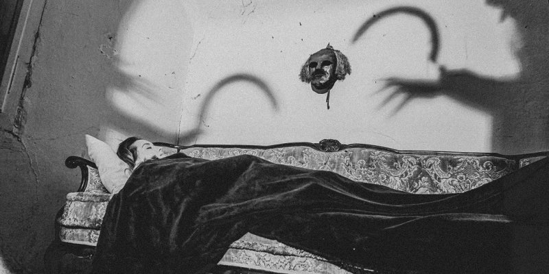 "HEXENBRETT stream DYING VICTIMS debut album at ""Decibel"" magazine's website"