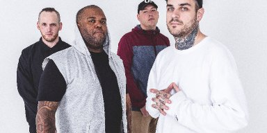 EMMURE | New Single 'Uncontrollable Descent' Available