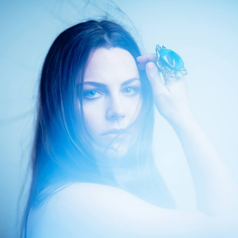 AMY LEE Blasts DONALD TRUMP Over Response To Death Of GEORGE FLOYD: 'I Am Angry, Horrified' And 'Ashamed'