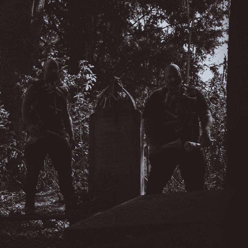 VASSAFOR premiere new track at NoCleanSinging.com