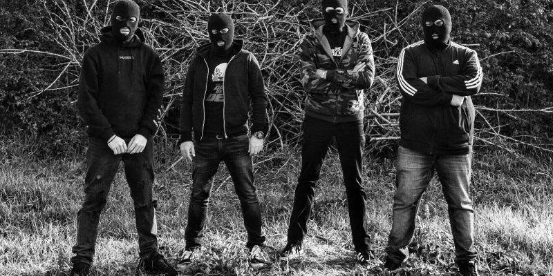 NAPOLI VIOLENTA: Neapolitan crime syndicate's grinders sign to Time To Kill Records