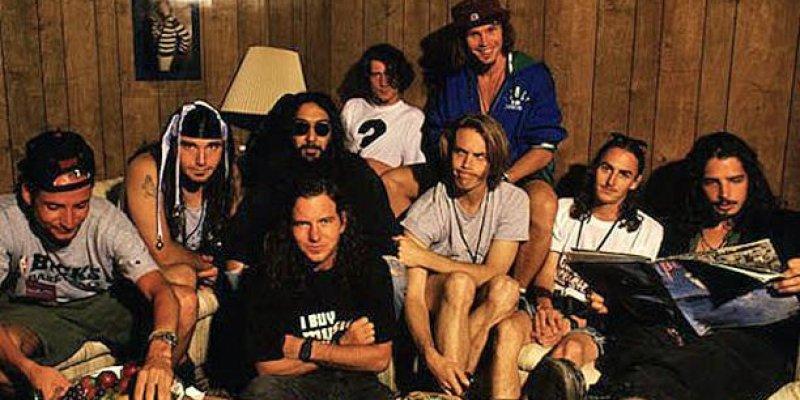 Pearl Jam Issues Heartfelt Statement On Chris Cornell's Birthday