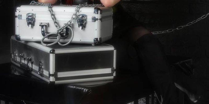The Mistress's Pit with Demonize Debz on Metal Devastation Radio