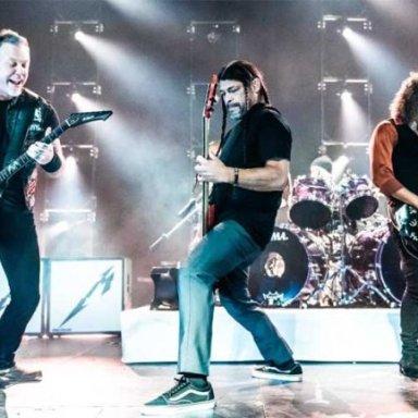 metallica-live-2018-onstage-696x433